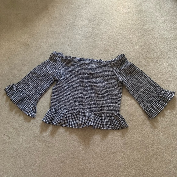 NWOT slightly cropped checkered smocked top